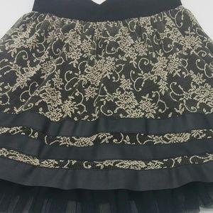 Joe B short skirt women's med lace black beige